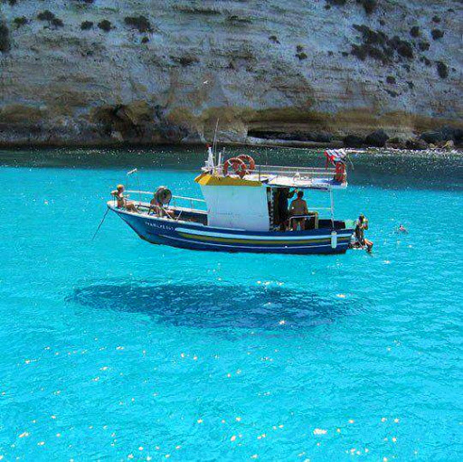 malta-boat-float